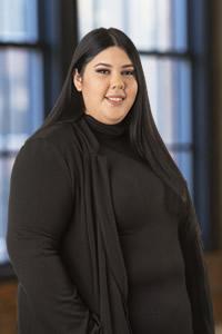 Leslie Muñoz, Paralegal<
